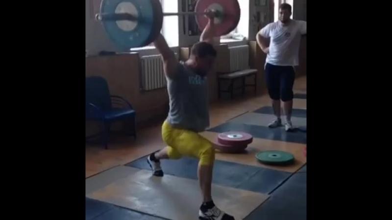 Ригерт Владислав - рывок в ножницы !
