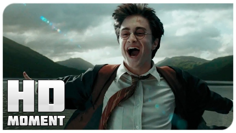 Гарри летает на Клювакрыле Гарри Поттер и узник Азкабана 2004 Момент из фильма
