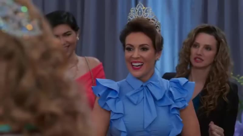Insatiable {1x04}: Coralee is really mean with Patty