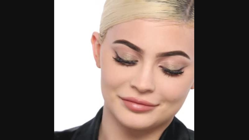 Макияж Кайли для Kylie Cosmetics