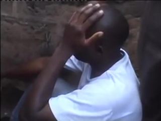 This is incredible- Man Stuck Inside After Getting Caught with Someone's Wife..mp4