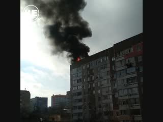 Момент взрыва на крыше дома в Щелкино сняли на видео