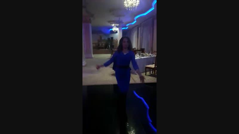 Танец Рузан .