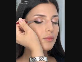 Такой красавице и макияж не нужен 😍