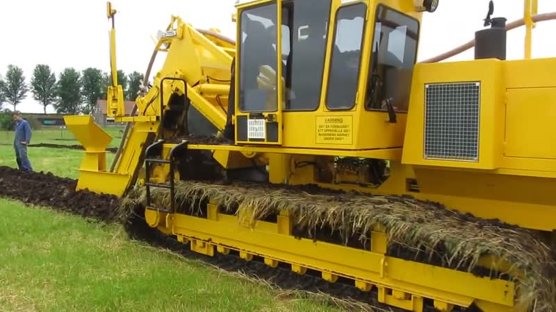World Amazing Modern Agriculture Digging Trencher Tractor Grader Plow Ditcher Mega Machines