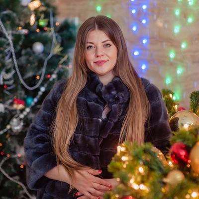 Танюша Коротких