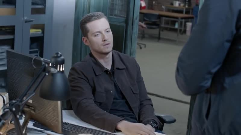 Season 4, Episode 5 Halstead Is Briefed by the FBI - Chicago Med (Sneak Peek)