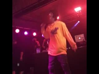 Lil xan - slingshot (live)
