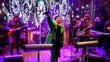 Vitaliy Popov on Instagram Спасибо, Валерия, за концерт, за энергетику, которую ты дарила зрителям на площади Революции в первый день Нового 201...