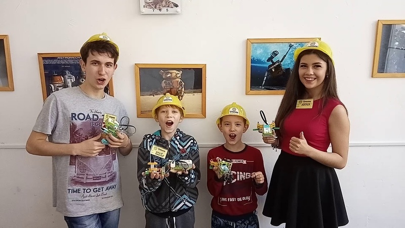 Детский центр робототехники Умник кричалка торт