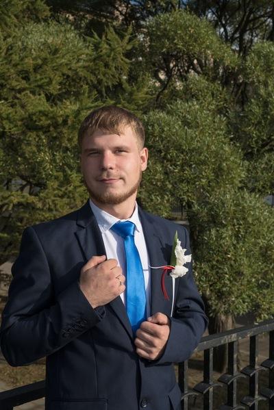 Александр Медников