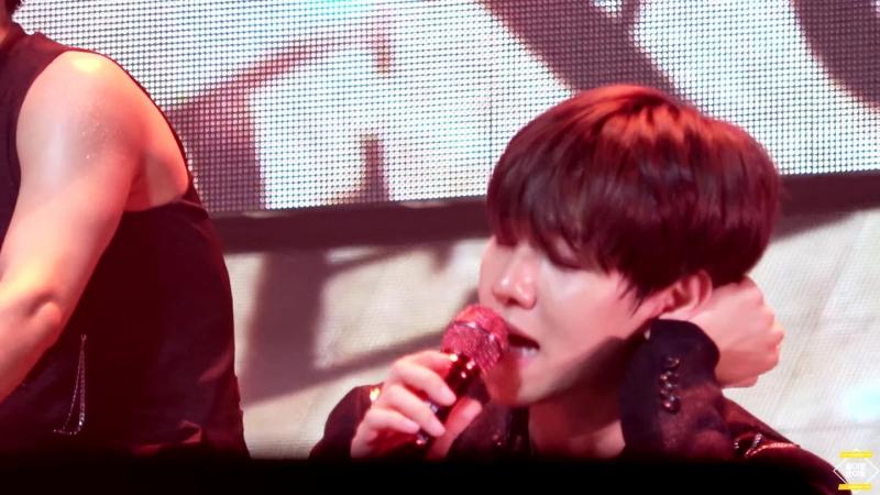 180811 EXO ElyXiOn dot in Macau Sing For You (백현 _⁄ baekhyun)