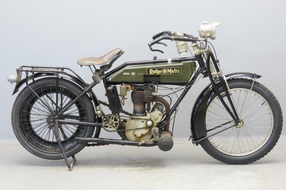 Старинный мотоцикл Rudge Multi 1920