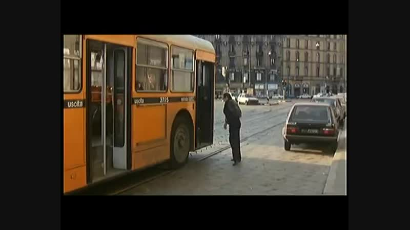 [v-s.mobi]Адриано Челентано и автобус!.mp4
