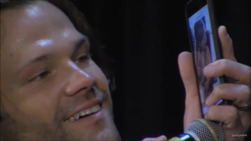 Джаред показывает на телефоне видео с Одеттой | SPNNJ NJCon 2018