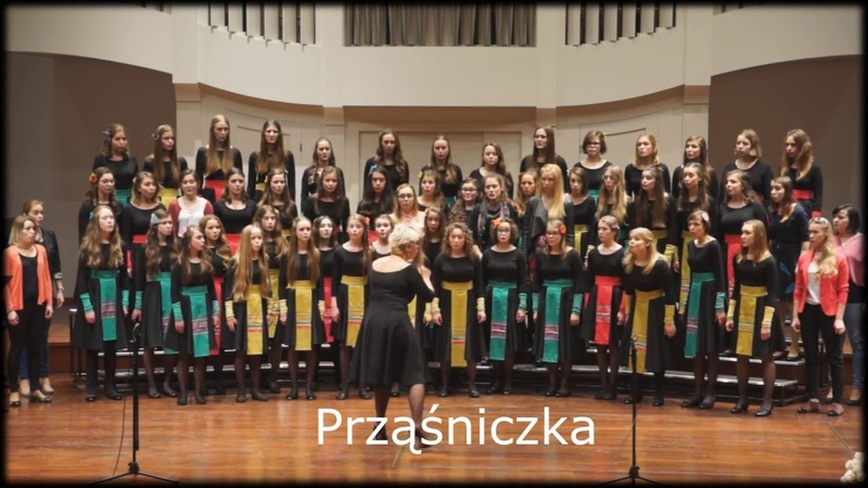 """Koncert """" Dyrygent i jej chór"""" – Prząśniczka – performed by Chór Skowronki"""