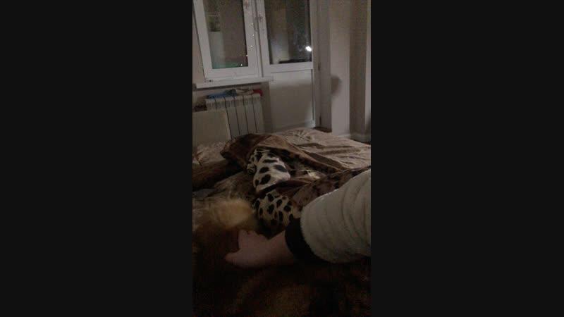 Секси пекси подруга в кроваткЭ