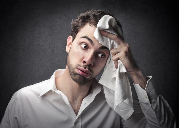 Что вызывает потливость головы?