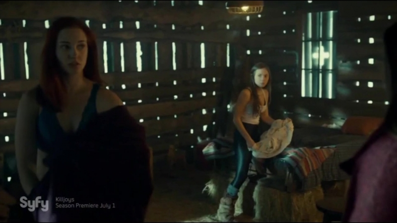 Wynonna Earp 🎬 Officer Nicole Haught Walking Away remake 😊🎶🎞️