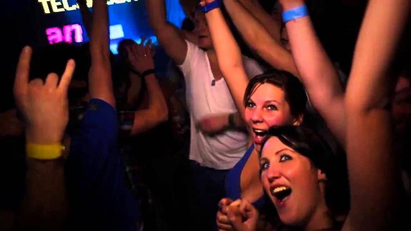 DJ Gollum feat DJ Cap HandzUp isn´t dead 8 Years Technobase Hymn) ((Official Video HD))