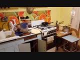 Видео из квартиры семьи с двумя детьми, погибшей от отравления