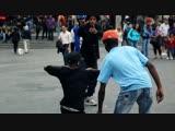 STREET BATTLE Les Twins VS. Bones The Machine+Pee Fly VS. Laura+Boubou ¦ YAK FILMS