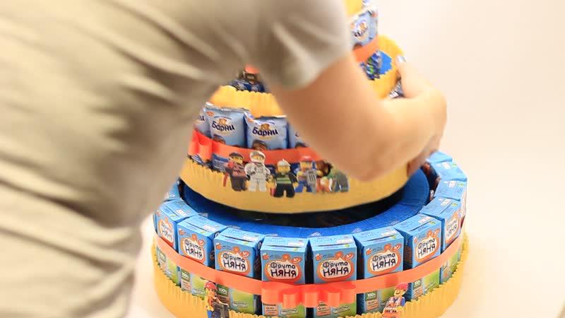 Торт из Мишек Барни, соков, киндеров и рафаэлло - угощение в детский сад!