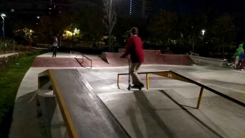 скейтпарк_Full HD.mp4