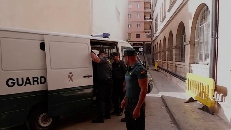 Vier Deutsch-Türken in Mallorca festgenommen 18-jährige deutsche Touristin erhebt Anklage