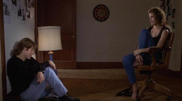 30 лет психологической драме Стивена Содерберга «Секс, ложь и видео» Золотая пальмовая ветвь, приз за лучшую мужскую роль и премия международной ассоциации кинокритиков Каннского МКФ. В 2006