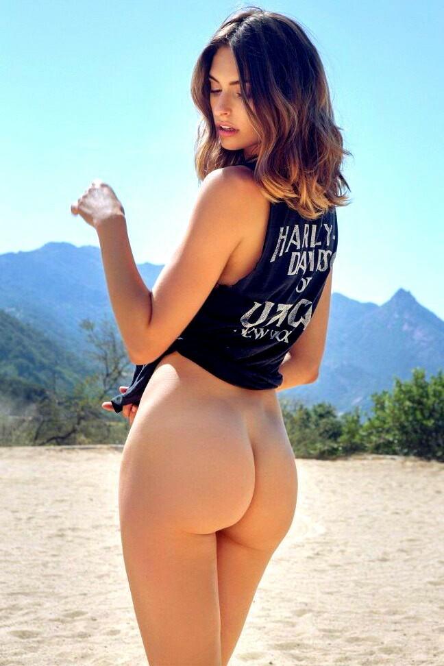 Blonde webcam girl sucks and fucks
