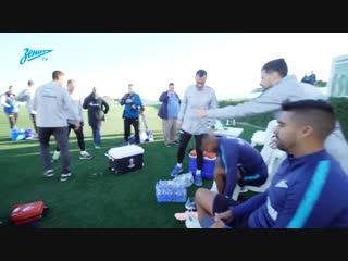 «Добро пожаловать!»: знакомство Вильмара Барриоса с командой