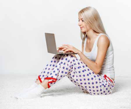 Студенты колледжа и молодые люди являются одними из наиболее частых онлайн-клиентов.