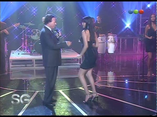 Julio Iglesias canta El Bacalao - Susana Giménez 2007
