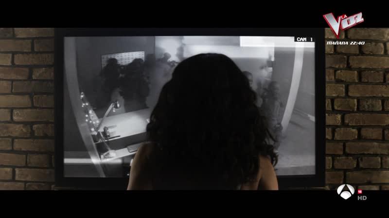 Everly 2014 sexy escene Salma Hayek 05