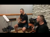Виталий Кличко играет на гитаре один из мировых хитов. Let it be!