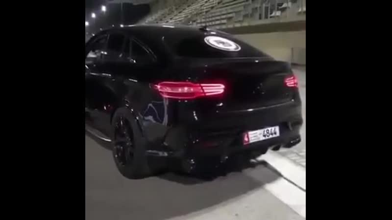 Арабы веселятся с GLE 63 coupe