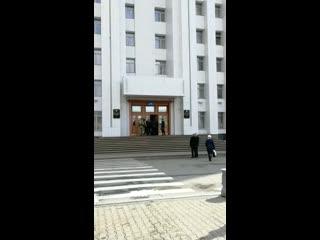ФСБ, СК и спецназ пришли в правительство Хабаровского края