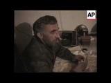 АСЛАН МАСХАДОВ ОТПУСКАЕТ ПЛЕННЫХ СОЛДАТ РФ 10-01-1995г