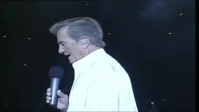 Pat Boone — Love Is In The Air = The Top 20 Hits Of Pat Boone - Live From The INEC Killarney, Ireland