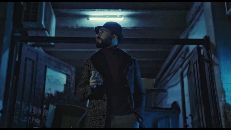 Chingiz Mustafayev - Tenha gezen ( Official clip )