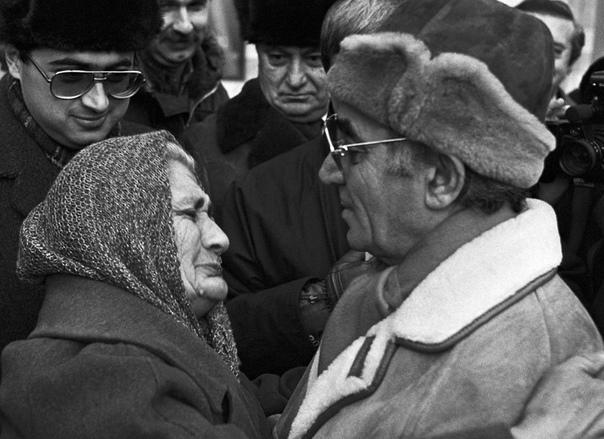 Скончался Великий Шансонье Шарль Азнавур R0gFlSYUHJk