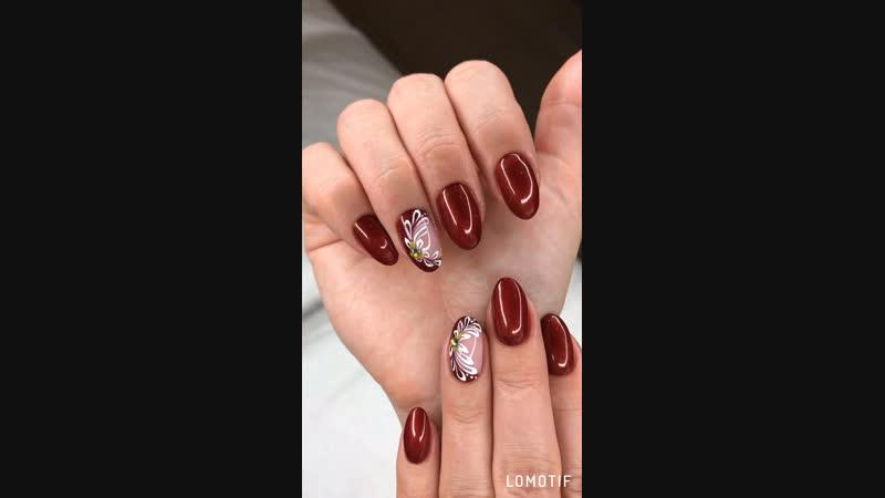 Красота до кончиков ногтей 💫 Красивый дизайн ногтей 🌿 и конечно украсили стразиками 💎
