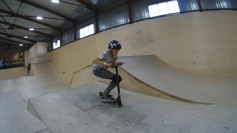 трюки на самокате - скейтпарк ksspark 20180829