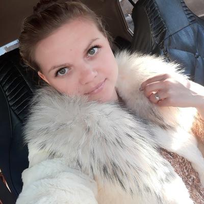 Оля Литвинова