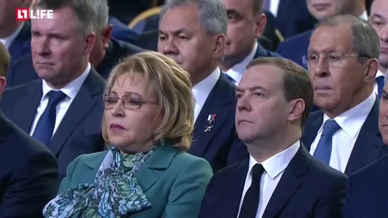 Путин Мы обязаны двигаться только вперёд, постоянно набирая темп