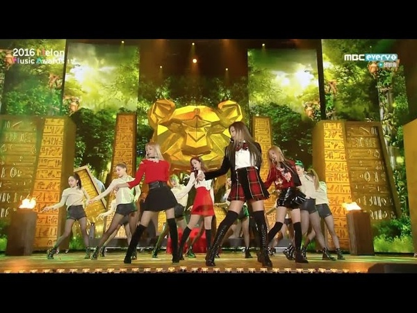 BLACKPINK - 휘파람(WHISTLE) 불장난 (PLAYING WITH FIRE) in 2016 MELON MUSIC AWARDS