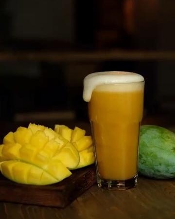 """Крафтгриль бар На Кранах on Instagram: """"🍺Любите фруктовые ноты в пиве? Milkshake DIPA with Mango puree [8% / IBU 16] — сольная игра манго в им..."""