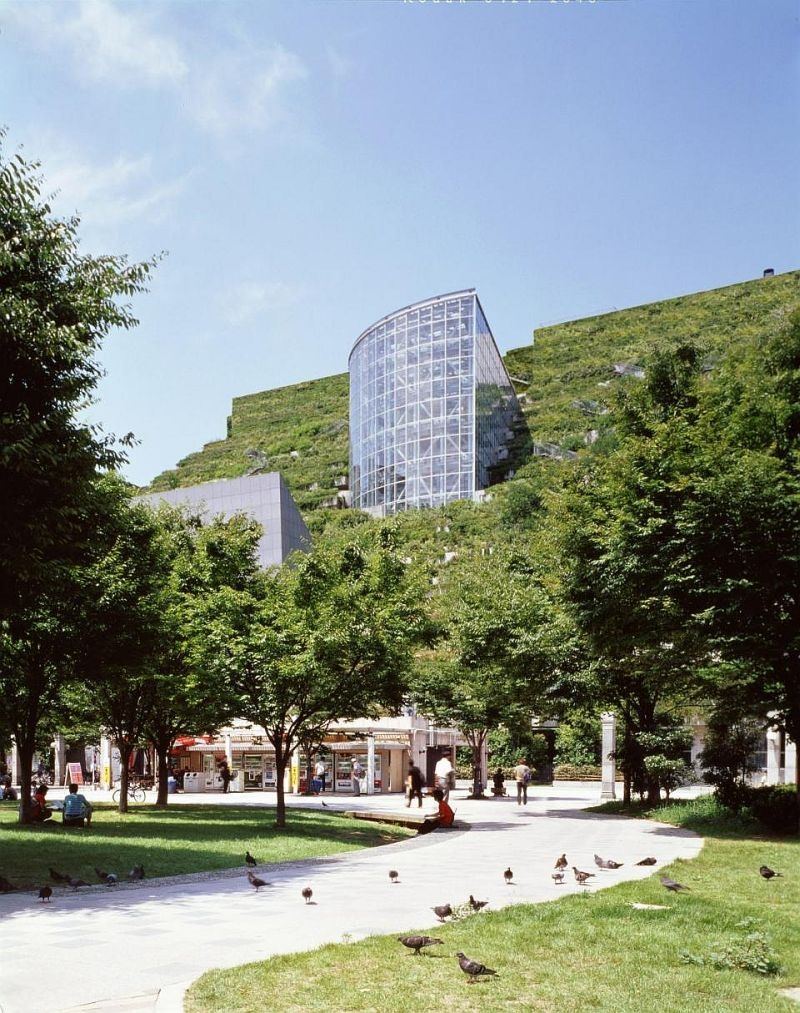 Acros Fukuoka — «пионер» зеленой архитектуры