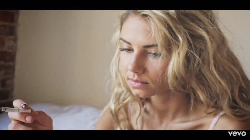 G-Eazy - Tumblr Girls (Official Music Video) ft. Christoph Andersson